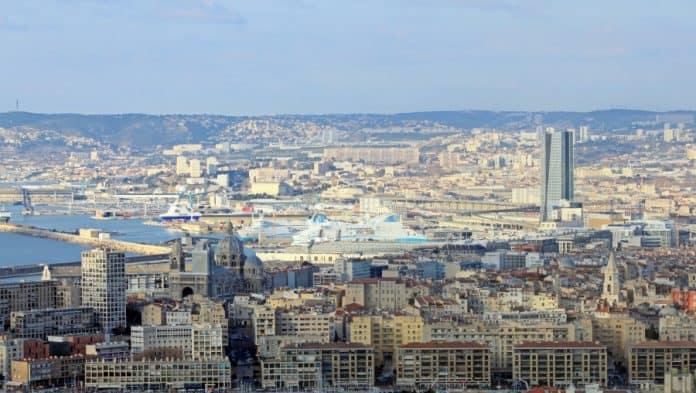 Le grand port de marseille r parera les plus grands - Port embarquement croisiere marseille ...