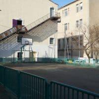 Le plateau sportif extérieur sera aménagé en un vrai city stade © AP