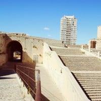 entree-escalier-fort-entrecasteaux