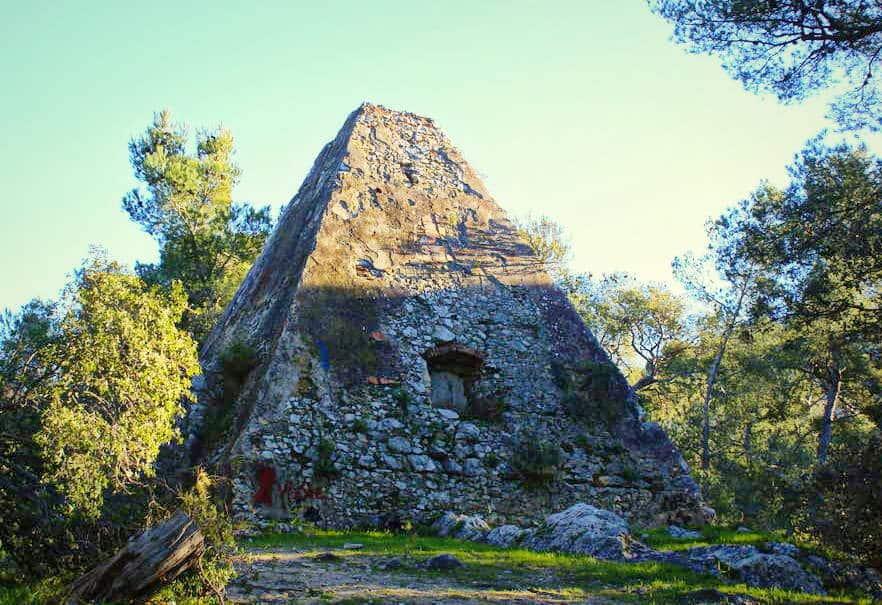 pyramide-roy-espagne-marseille