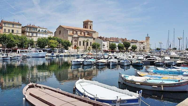 Guide de provence d couvrez une balade de r ve la ciotat ville de cin ma et de p tanque - Restaurant port la ciotat ...