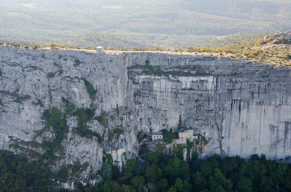aups, Guide de Provence – Visitez Plan d'Aups, petit village au pied de la Sainte Baume, Made in Marseille