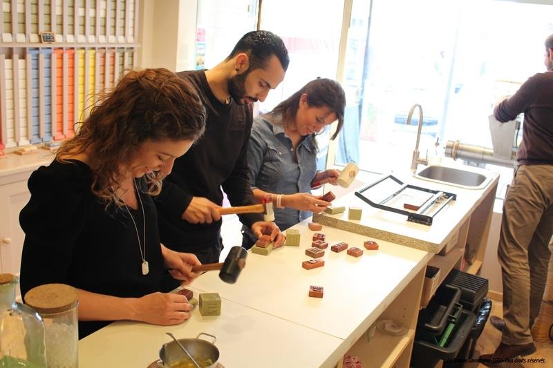 savon, Reportage – À la découverte des ateliers de création du véritable savon de Marseille