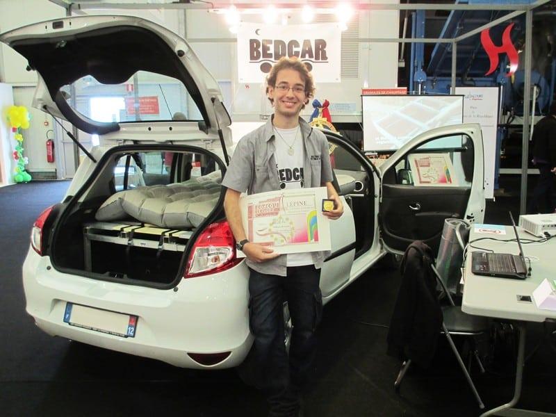 lit, [Invention] Un jeune provençal crée un modèle universel de lit pliant pour voiture