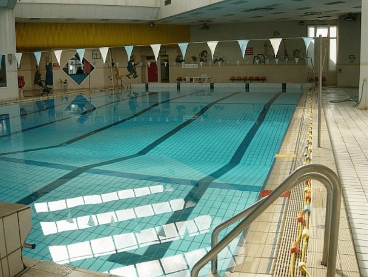 Quatre piscines municipales d sormais ouvertes le dimanche - Piscine municipale aix en provence ...