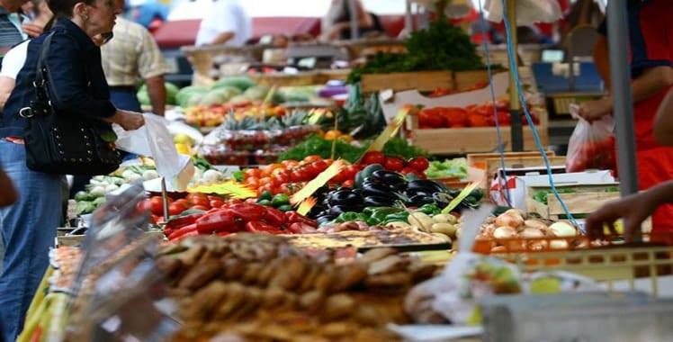 marche-producteur-tomate-olive-vin
