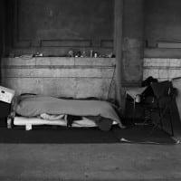 Analyse – Loger les sans-abris, moins cher que de les laisser dans la rue ?