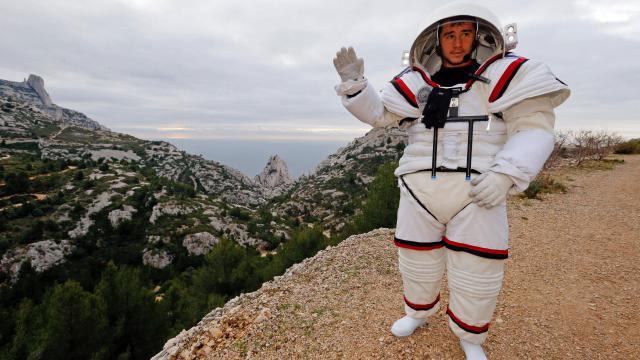 astronaute-calanques