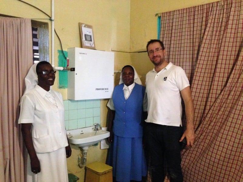 dispensaire-ecole-afrique-eau-potable