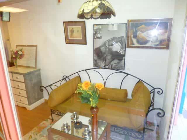 o trouver les meilleures ressourceries marseille. Black Bedroom Furniture Sets. Home Design Ideas