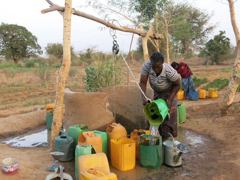 eau, Inédit – Des Marseillais inventent un système capable de rendre l'eau potable!