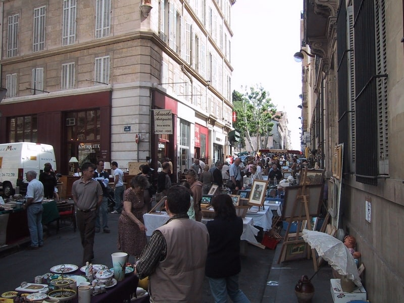 quartier-antiquaire-rostand-journee-brocante