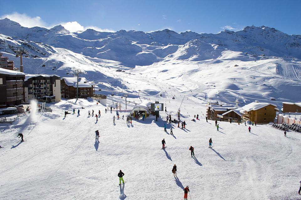 ski-station-alpes-neige