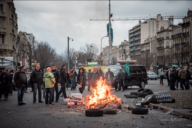Grève des taxis à Marseille © Sébastien ROLLANDIN