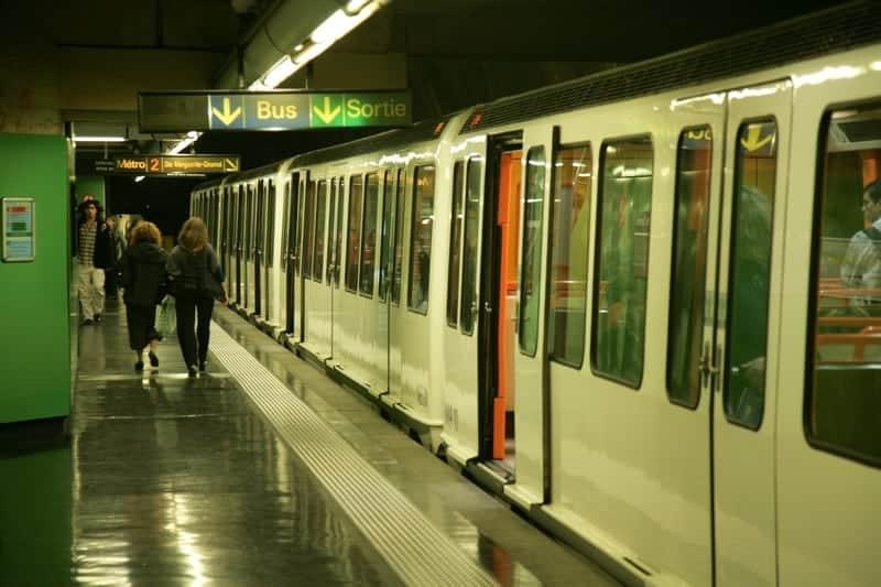 metro-impossibilite-monter-personne-handicap