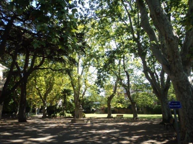 parc-mazargues-bastide-banc-ombre