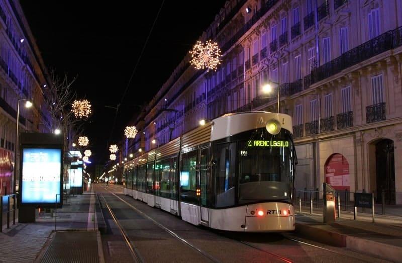 station-tramway-transport-commun-marseille