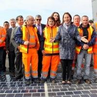 Ségolène Royal lance la première route solaire de France sur la L2