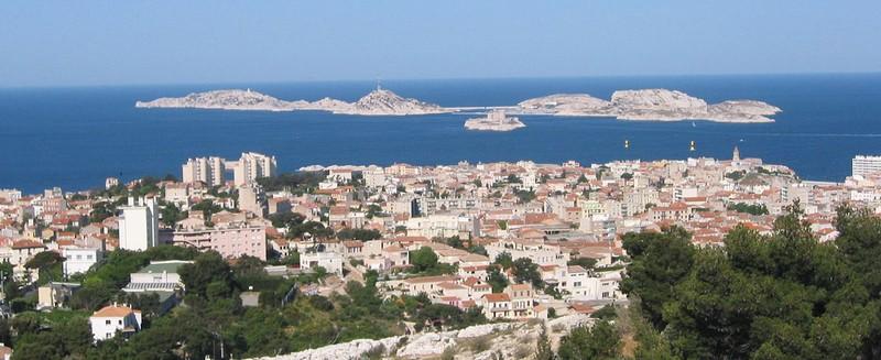 Marseille-ile-frioul-vue-loin