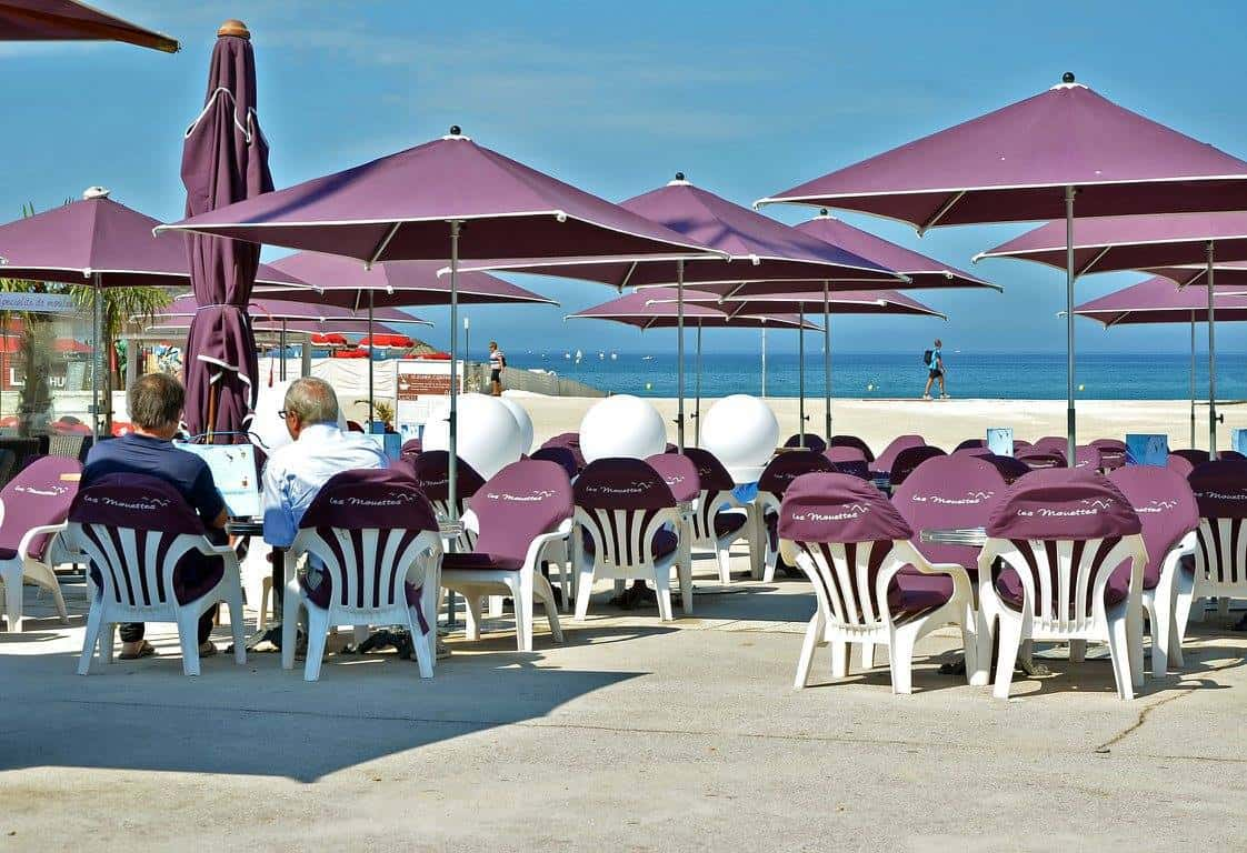 cafe-plage-escale-borely