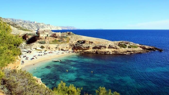 10 raisons d aller se balader et se baigner dans les calanques - Port de marseille pour aller en algerie ...