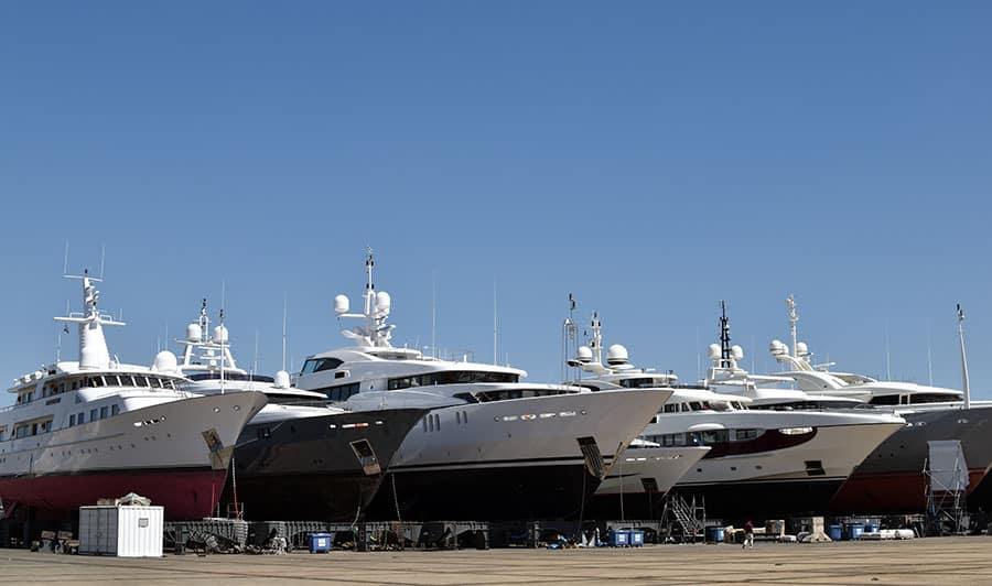 compositeworks-ciotat-chantier-naval-yachts