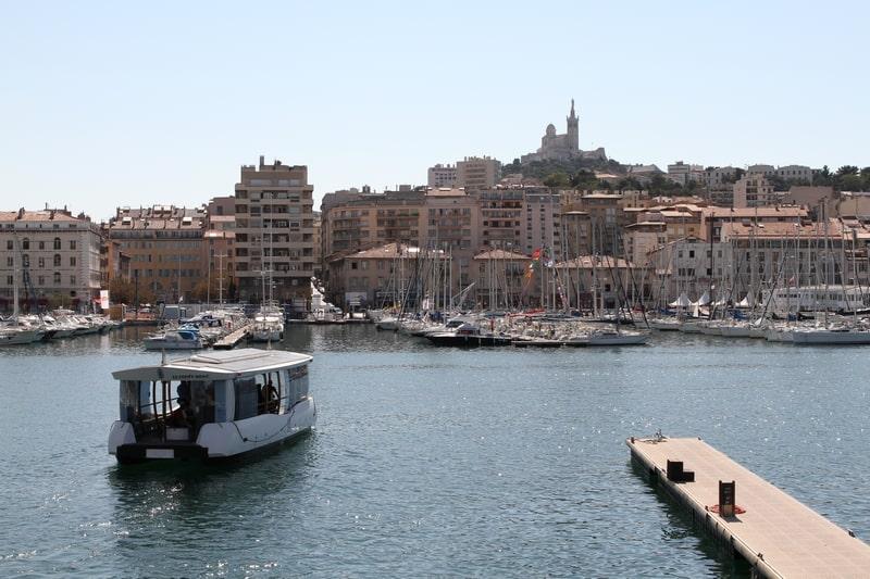 ferry-boat-ligne-mairie-port