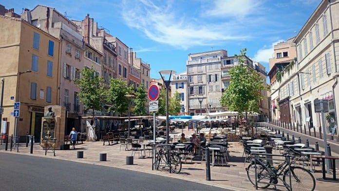 Restaurant Place De Lenche
