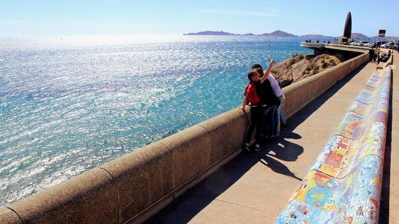 , Le plus long banquet du monde sur la Corniche à Marseille