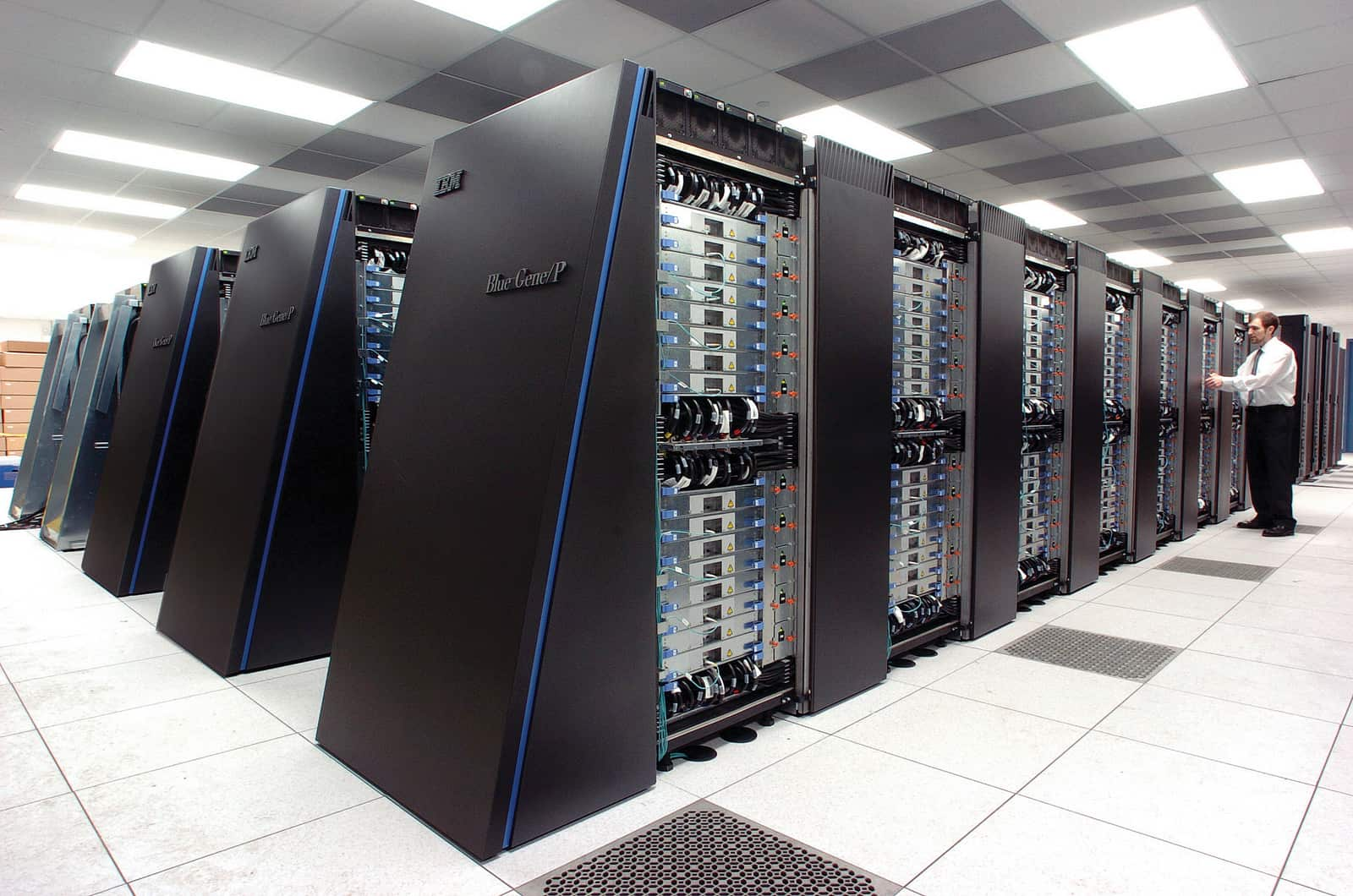data-center-port-mediterranee