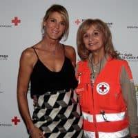 Nathalie Simon a porté une parure Pellegrin au Gala de la Croix Rouge