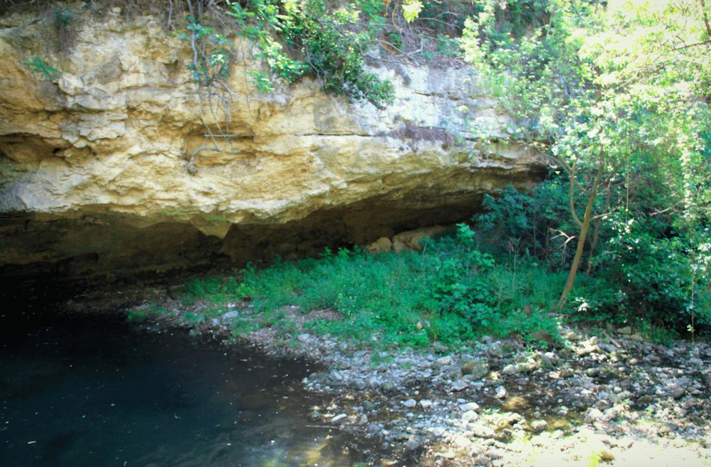 Au pied de la cascade, un endroit très frais