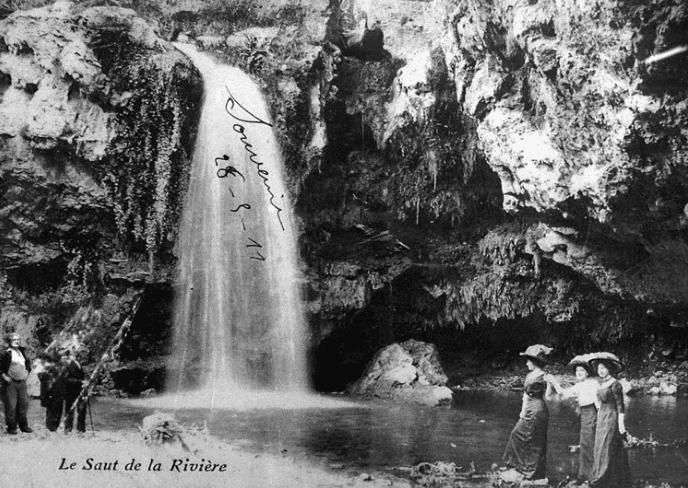 cascade-chateau-aygalades-bourgeois-marseillais