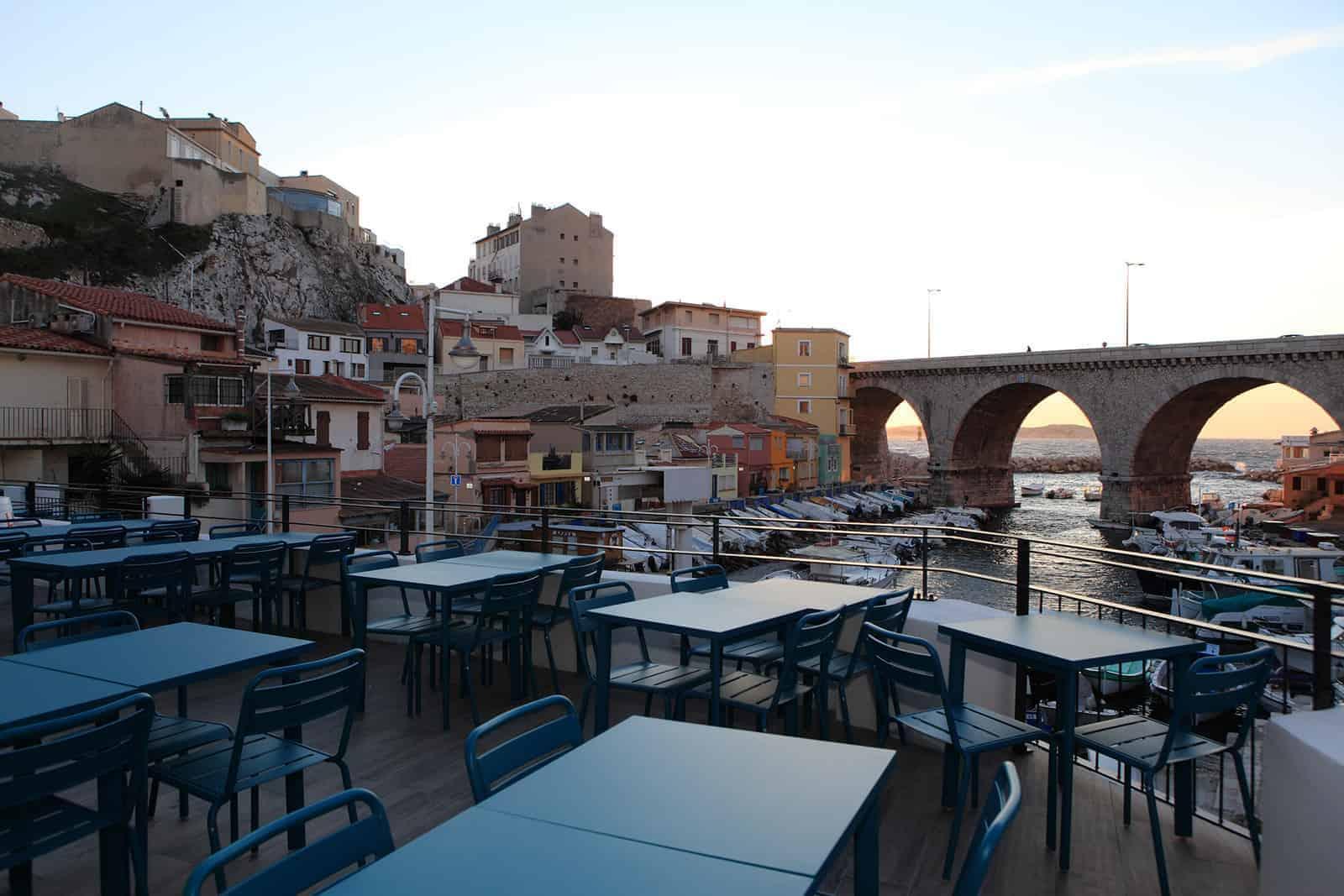 Les meilleurs terrasses et rooftops marseillais en images for Terrasse de marseille
