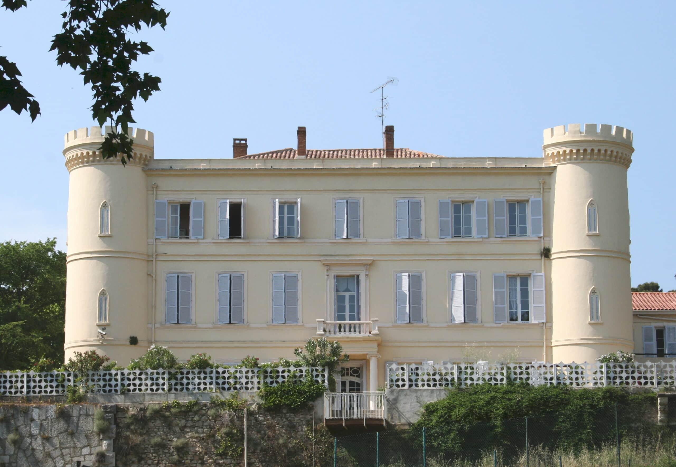 Foyer De L Enfance Salon De Provence : Découvrez les « ch teaux pagnol et marchez sur pas