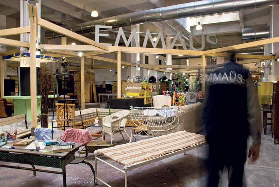 emma s lance la solidarit en ligne avec sa boutique digitale made in marseille. Black Bedroom Furniture Sets. Home Design Ideas