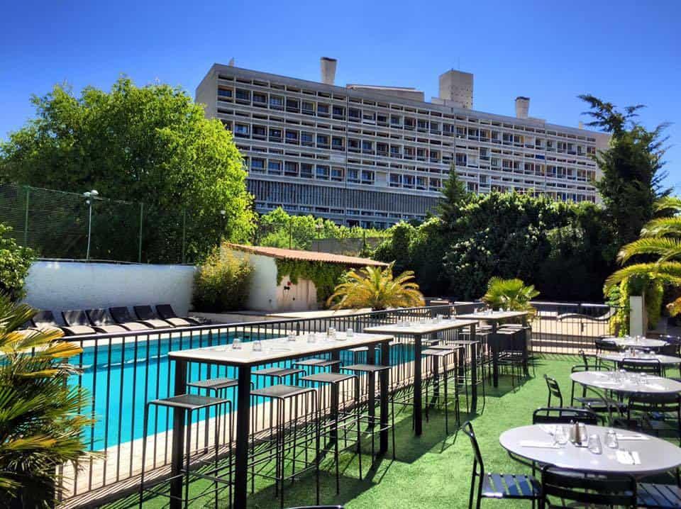 Notre s lection des meilleurs restaurants avec piscine for Piscine marseille