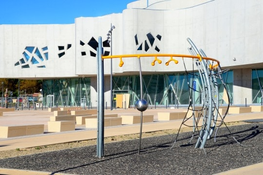 , Vitrolles inaugure sa nouvelle médiathèque : La Passerelle, Made in Marseille, Made in Marseille