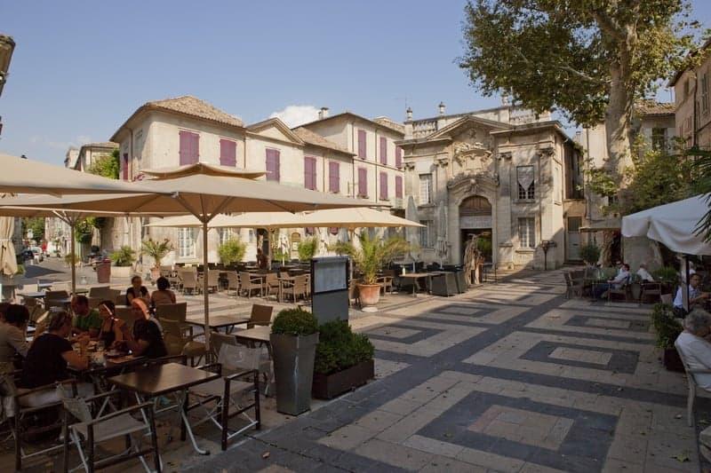 place-crillon-bar-restaurant-centre