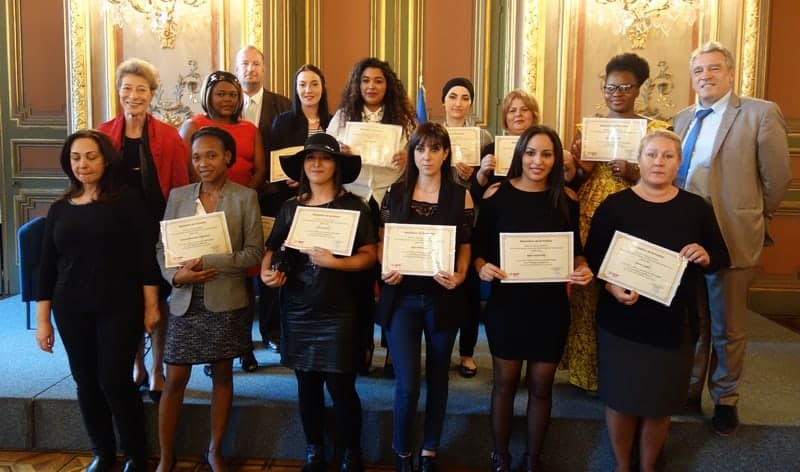 remise-diplome-promotion-etoile-femme