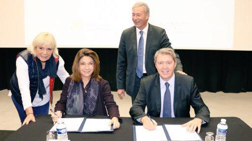 La signature du CDDA en présence de Martine Vassal, Gérard Gazay, Sylvia Barthélémy et Bernard Deflesselles