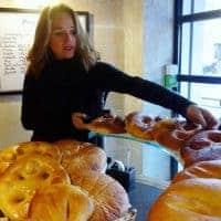 Ouvrez les portes d'une boulangerie, championne de pâtisserie provençale