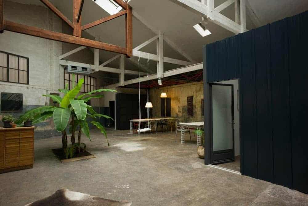 carrosserie espace coworking bureau partage made in marseille. Black Bedroom Furniture Sets. Home Design Ideas