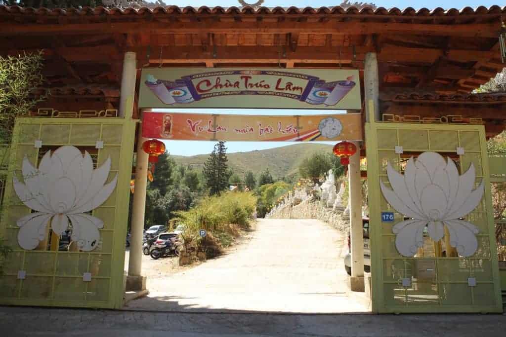 pagode-truc-lam