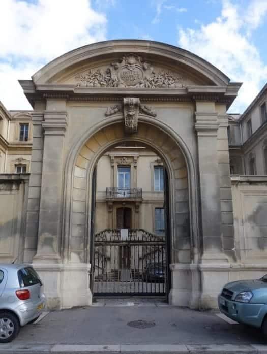 porte-entree-classe-monument-historique
