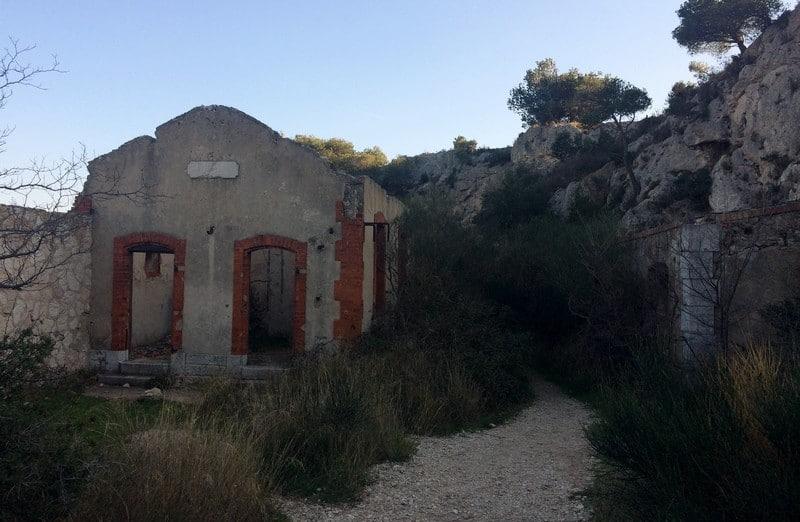 ancienne-batterie-militaire-fort-figuerolles