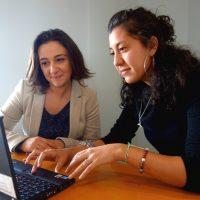 Trouver un emploi adapté à son niveau d'études : l'objectif d'une jeune marseillaise