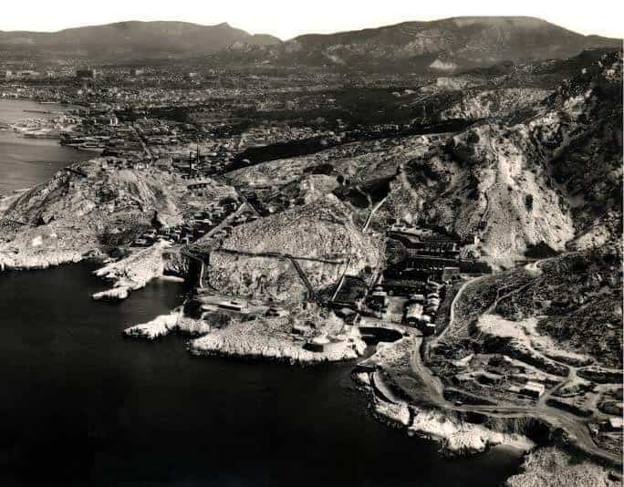 calanques-20-siecle-usine-industrie