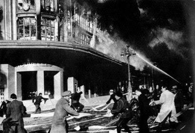 incendie-nouvelle-galerie-1938-noailles
