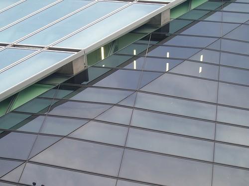 paroi-verre-architecture-tour-arenc